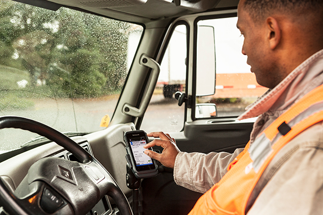 How Couriers are Managing Social Distancing in Last Mile Applications