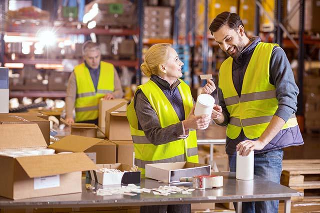 How label printers improve efficiency in warehouses