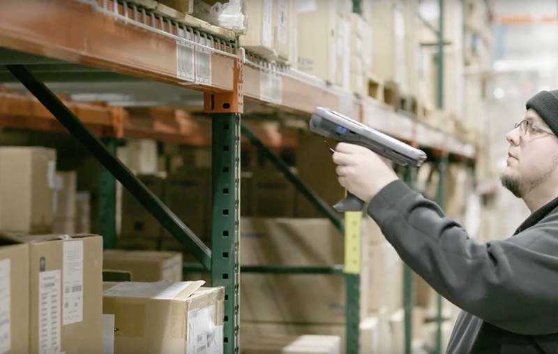 From dock to stock: connected solutions boost warehouse flow