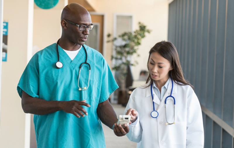 Tracking supplies in a healthcare environment